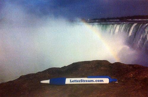 LetterStream Pen at Niagara Falls